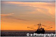 漁船と夕陽 夕日 ラパス