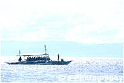 船(遠景)