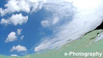 海 波 水 光 雲