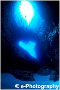 南島近海万蔵穴